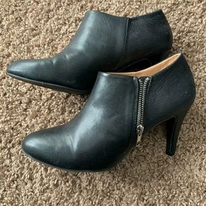Report Brand Black Booties in Size 8.5